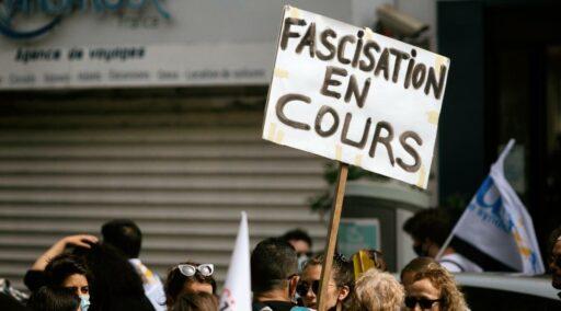 À Lyon le 23 octobre, manifestons contre les violences de l'extrême-droite!