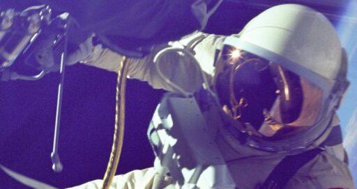 Laissons les milliardaires dans l'espace
