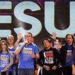 Brésil : Bolsonaro, la rencontre entre l'extrême-droite et les milieux évangéliques