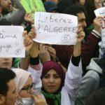 Algérie : première victoire, la lutte continue !