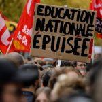 D'une refondation incertaine aux alternatives. Quels avenirs pour l'École ?