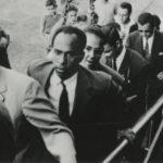 Une planche de salut révolutionnaire : enseigner Fanon dans un monde postcolonial