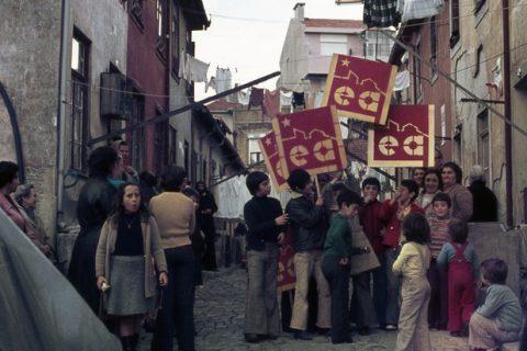 Les luttes urbaines dans la Révolution portugaise. Extrait du livre de P. Mailer