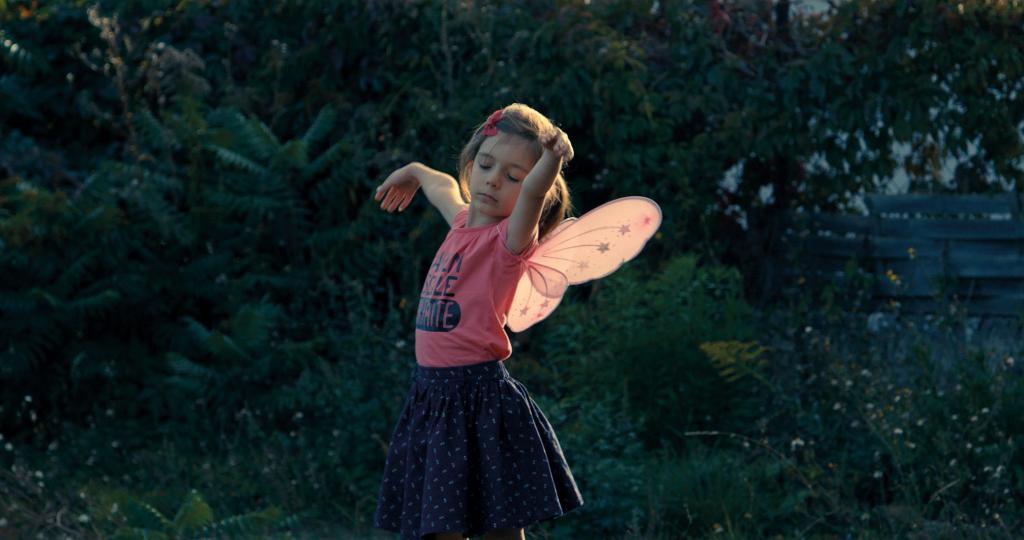 Petite fille ...à l'usage des cis